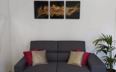 Arreda una parete del soggiorno con originalità e buon gusto